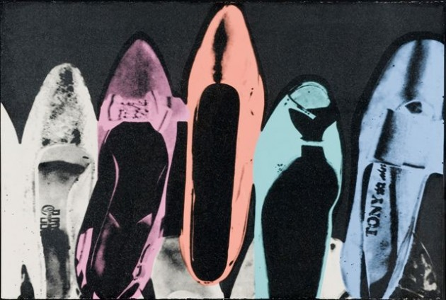 Andy-Warhol-Shoes-1980-Serigrafia-e-polvere-diamantata-su-carta-cm-102-x-152